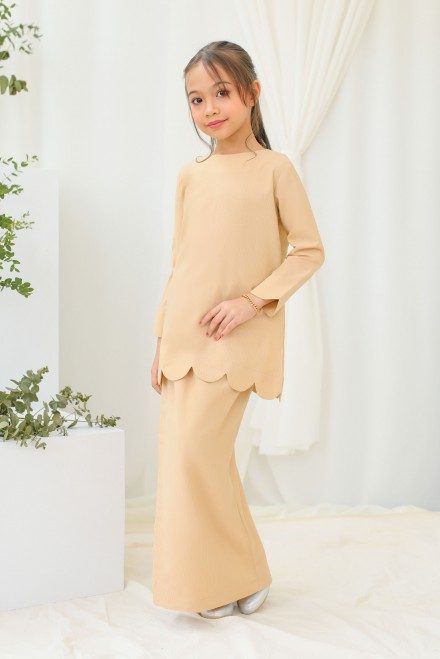 Chantiq Kurung In Sand
