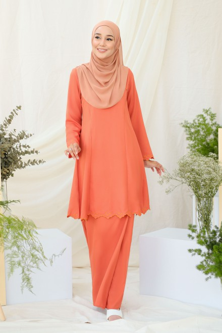 Widuri Kurung In Orange