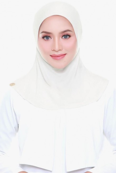 Aveen Inner Neck in Cream