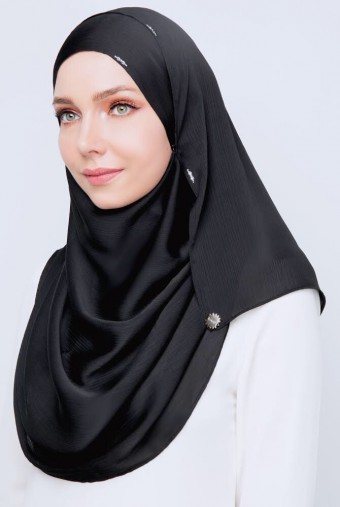 (AS-IS) Silka LUXE Shawl in Black