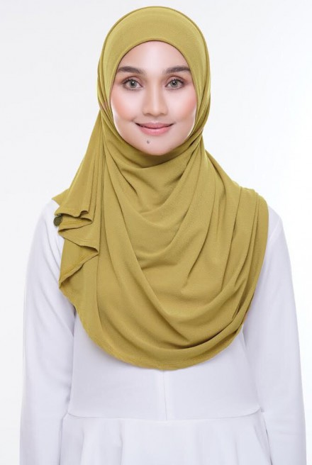 (AS-IS) Kaila Instant Shawl in Mustard