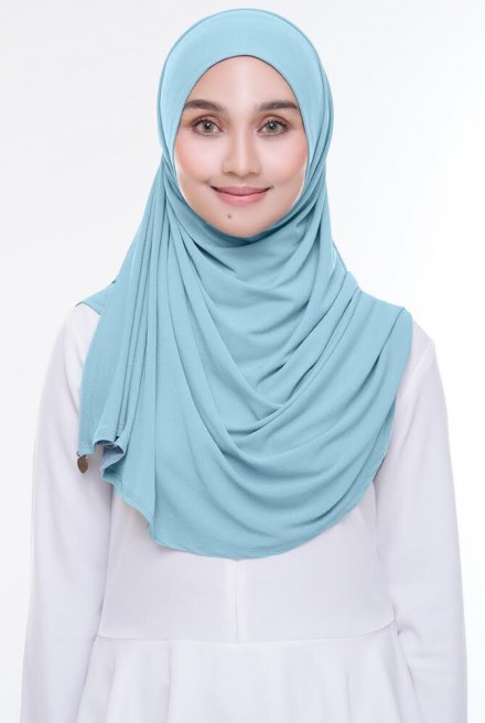 (AS-IS) Kaila Instant Shawl in Soft Blue