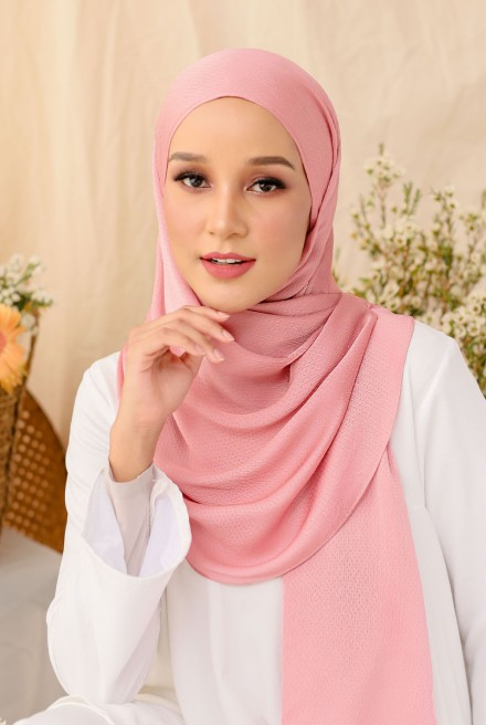 Nour Long Shawl In Pink