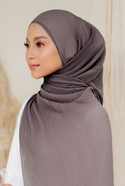 Naeka Full Pleated Shawl in Stone